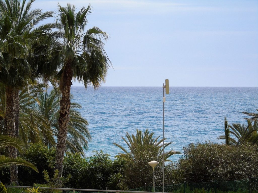 First line Apartment in Villajoyosa