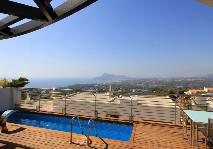 Modern Luxury Villa in Altea