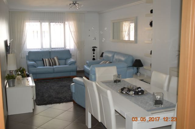 Spacious Apartment in Callosa