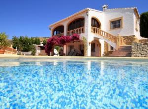 Picturesque Villa