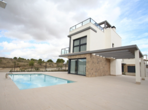 Luxurious Villa With 3 Bedrooms.